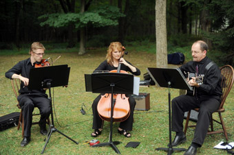 Pennsylvania String Ensemble, PA musical entertainment in the Lehigh Valley PA and the Pocono Mountains, including Bethlehem PA, Allentown, Bath, Bethlehem, Easton, Emmaus, Fogelsville, Hellertown, Kutztown, Macungie, Nazareth, Northampton, and Whitehall, PA